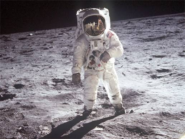 Why Indian Space Mission disconnected from Earth before landing on the moon
