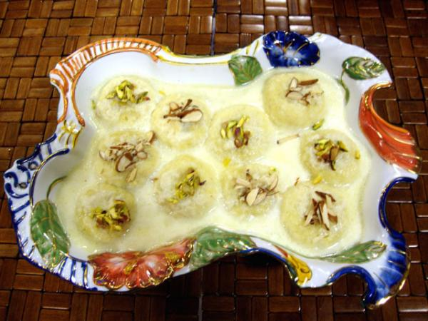 Ras Malai Recipe by Gulzar Hussain