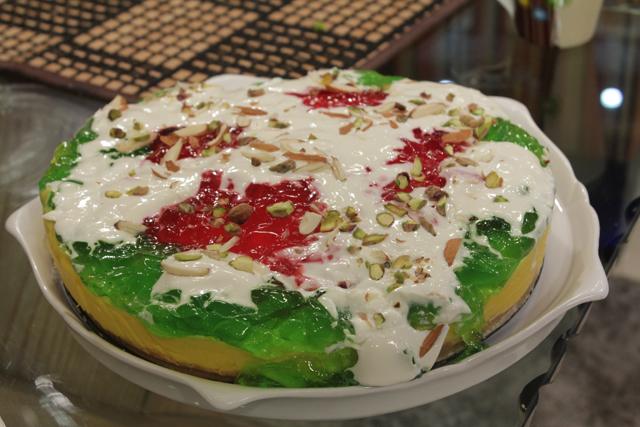 Freezer Cake Recipe In Urdu: Custard And Jelly Settled Cake Recipe By Gulzar Hussain