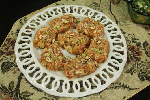 Gajar Ki Qalaqand Recipe by Rida Aftab