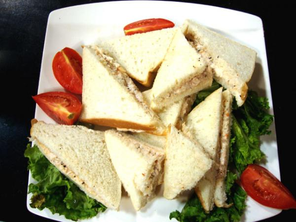 Chicken sandwiches recipe by rida aftab recipes in urdu english chicken sandwiches recipe by rida aftab forumfinder Images