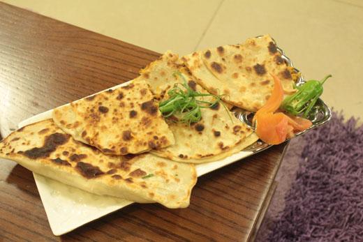 Achaari Mooli Ky Parathay Recipe by Shireen Anwar