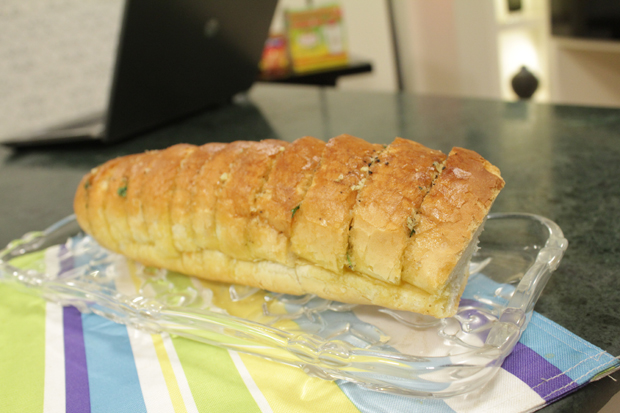 Garlic Bread Recipe by Zarnak Sidhwa
