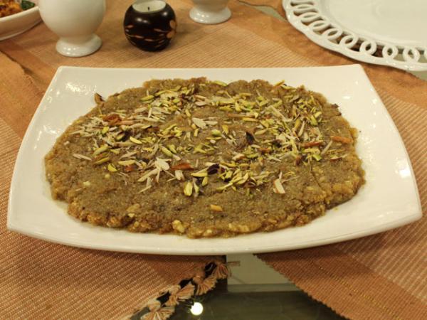 Cake Banane Ki Recipe Ice Cream Banane Ki Recipe: Chanay Ki Daal Ka Halwa Recipe By Zubaida Tariq