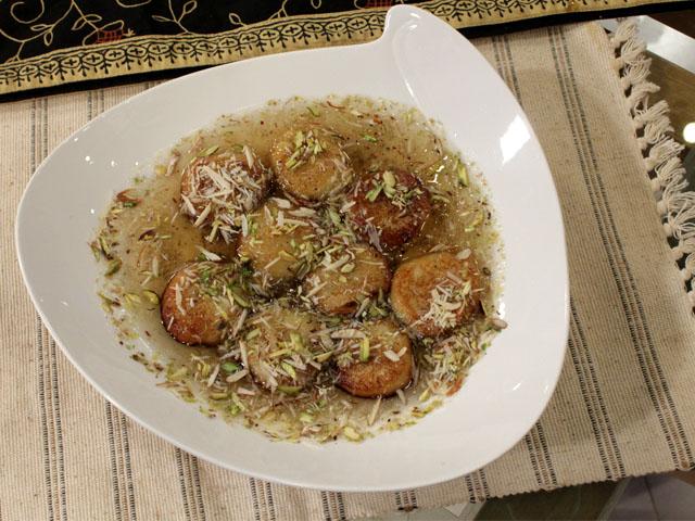Khoye Ki Mithai Recipe by Zubaida Tariq