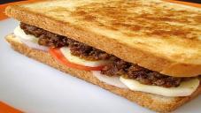 قیمے کا سینڈوچ
