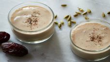 Date Yogurt Smoothie
